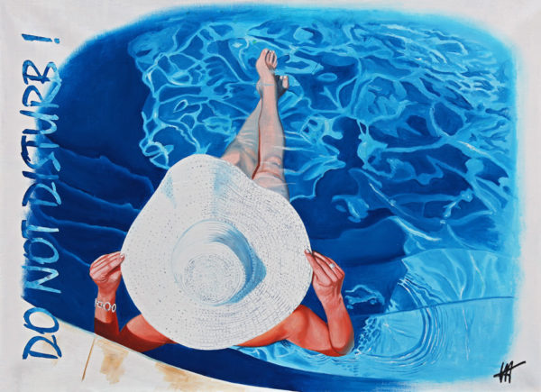 chapeau blanc, do not disturb, Femme, galerie venturini, JJV, piscine